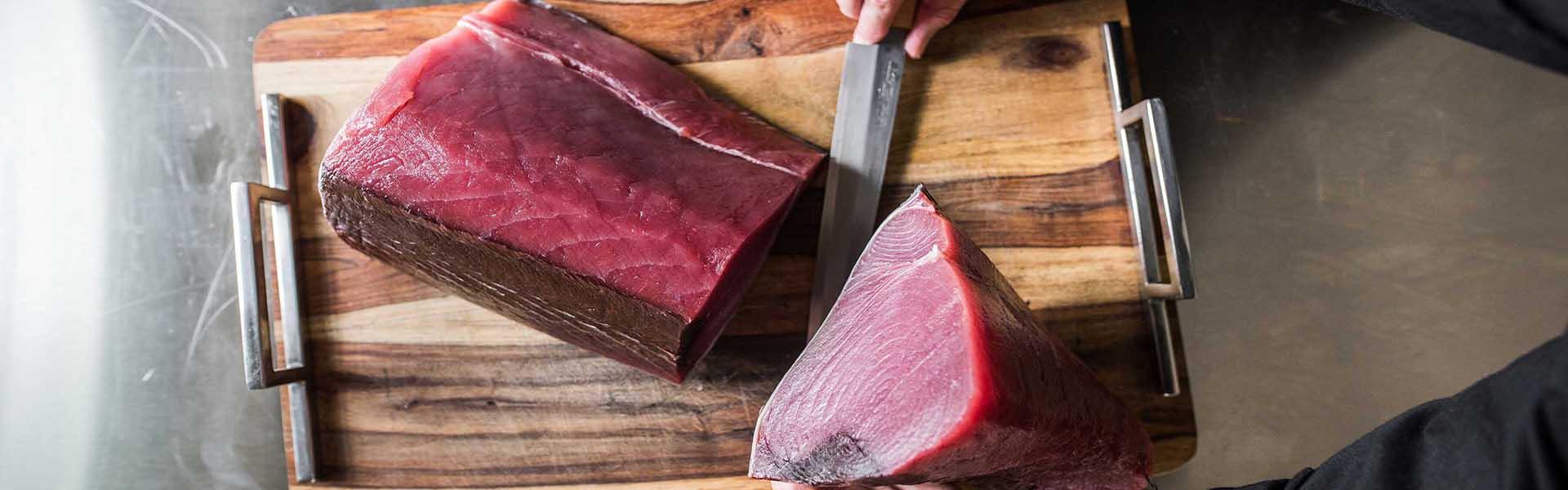 tuna-being-sliced